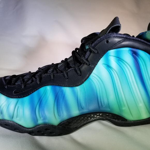 new product 0caca 8dafe Men s Nike Air Foamposite - Northern Lights